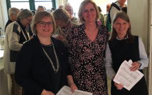 Ordførerne Eva Norén Eriksen, Monica Vee Bratlieog Lene Conradi deltok på åpningen av Vårslepp 2018 i Heggedal.